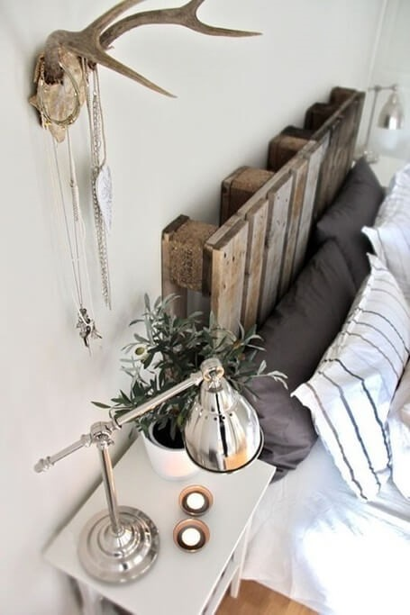Bedroom-ideas-pallet-bedhead