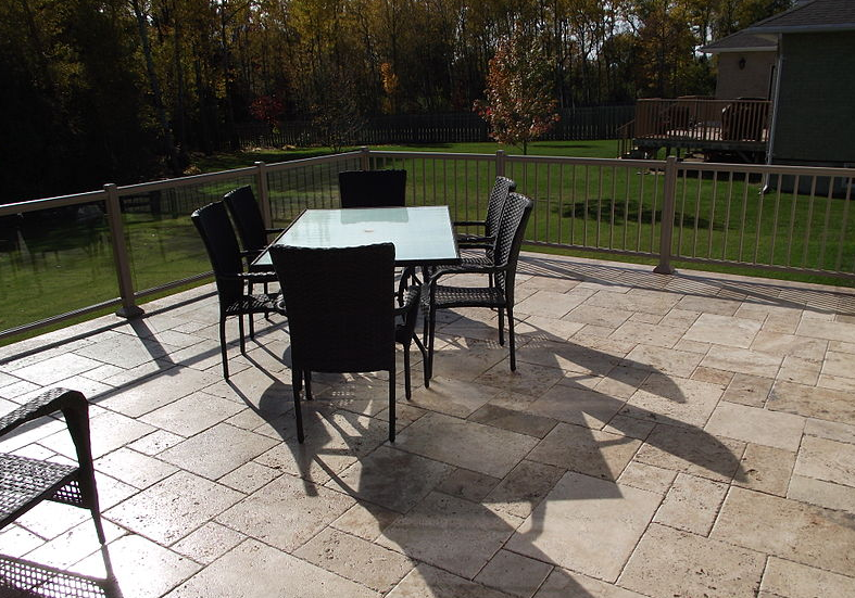 Reasons to Choose Pavers for Your Outdoor Space